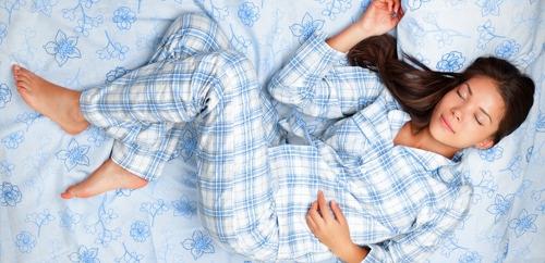 매일 잠옷을 반드시 갈아 입어야 하는 이유 8가지