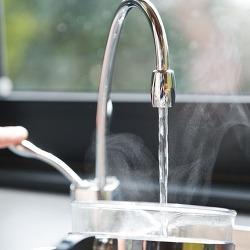보일러 뜨거운 물 안나올 때, 그냥 뜨거운 물로 녹이자!