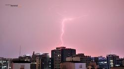 서울 새벽하늘 번개 Lightning
