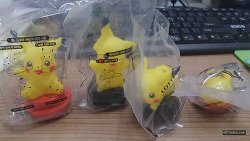 2016년 2월 롯데리아 장난감 움직이는 피카츄 4종 & 아톰 피규어 (Lotteria Toy)