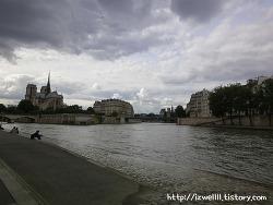 웅장했던 파리 노트르담대성당;(가는법 정보)