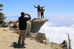 뿌리칠 수 없는 식스팩의 유혹! 샌버나디노 국유림에 속한 쿠카몽가 피크(Cucamonga Peak) 등산