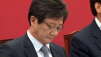 유승민 반발 속 바른정당 단일화 추진...안철수·홍준표의 동상이몽