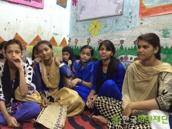 인도 델리 빈곤 아동 청소년 문제, 그 해결의 노력
