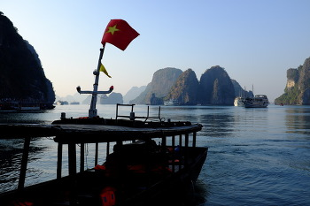 HARONG BAY, VIETNAM (하롱 베이, 베트남)