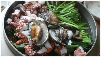 의왕맛집! 천만애능이백숙 황제해신탕 맛의 비결은 역시 자연산 능이버섯입니다