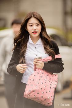 [16.10.28] 아이오아이 뮤직뱅크 출근(32pic) by 미름