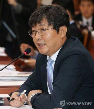 [연합뉴스]민주, 자당 몫 상임위원장 확정…기재 정성호·이춘석 1년씩