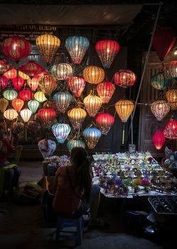 호이안(Hoi An)의 등불 밑에서 그 밤을 즐기다. by 포토테라피스트 백승휴