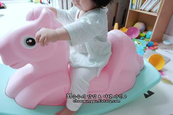 돌아기장난감 아이팜 흔들말 핑크포니