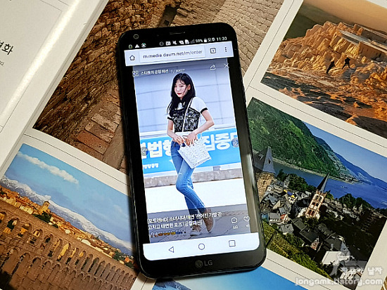 여배우 이성경이 소개하는 LG Q6의 매력!! 18:9화면과 카메라 기능이 눈에 띄어