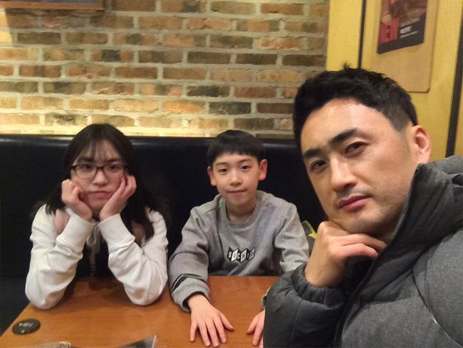 평일 저녁, 연준이 좋아아하는 깐부에서 (2017.02.15)