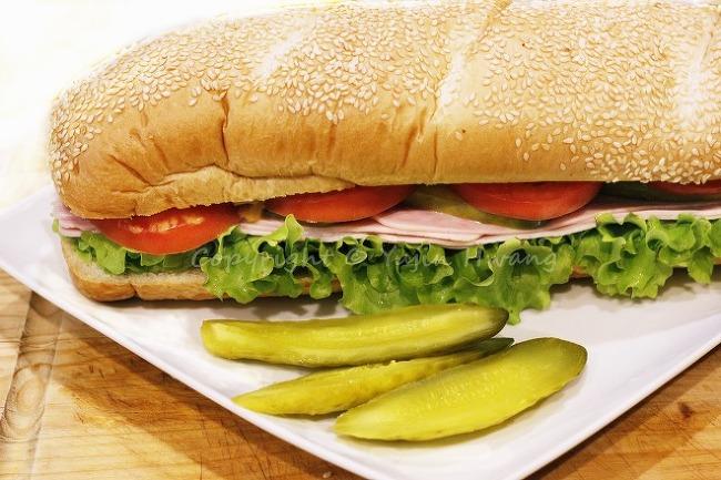 델리에 파는 것? 피크닉용 바게트 샌드위치 만..
