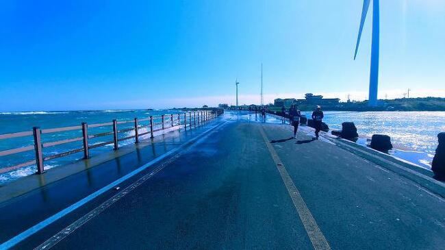 2017 아름다운 제주국제마라톤 - 하늘보다 바다보다 사람이 더욱 아름답다