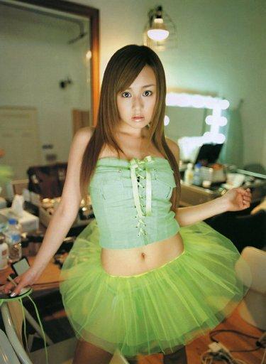 緑のスカートの夏川純