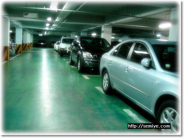 car-parking-주차-주차장-지하주차장-주차에티켓