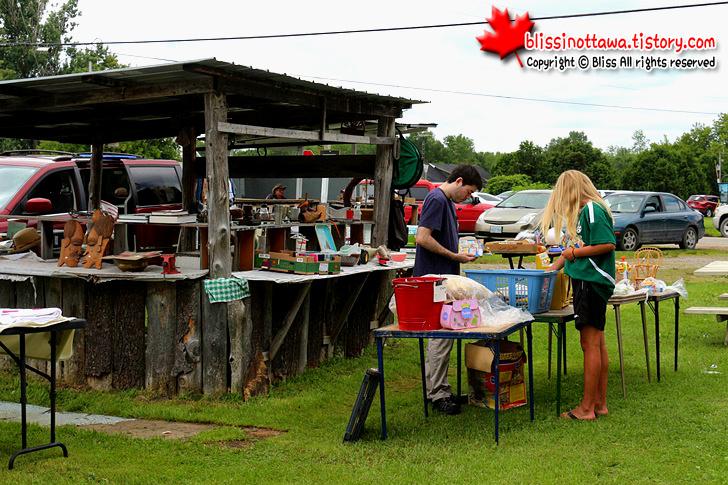 캐나다 벼룩시장 flea market