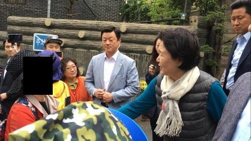 [영상]영부인 김정숙 여사, 민원인 라면 사건