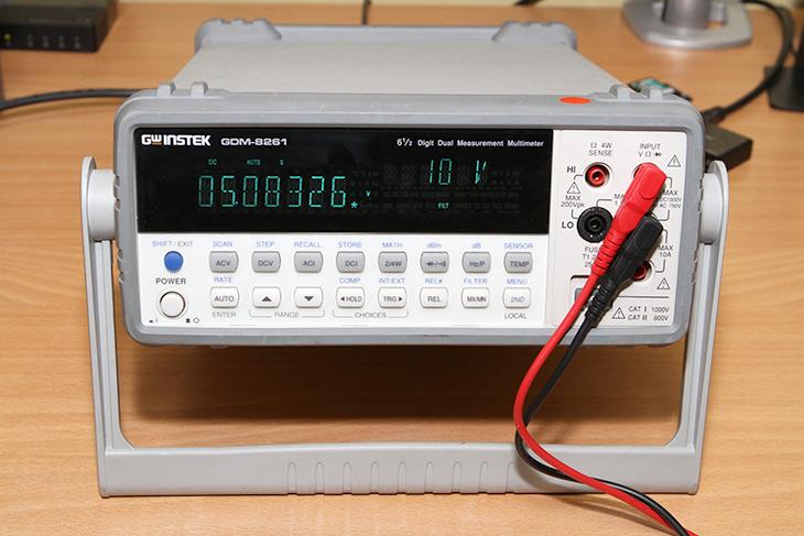 마이크로닉스, CASLON, 700W, After Cooling,IT,IT 제품리뷰,파워서플라이,컴퓨터,GWINSTEK GDM-8261 측정기를 잠깐 대여한 김에 여러가지를 측정해봤습니다. 가지고 있는 파워서플라이를 측정해봤는데요. 마이크로닉스 CASLON 700W After Cooling 전압 변동량이나 안정성 등을 테스트 해 봤습니다. 확실히 파워서플라이는 직접 사용해봐야 정확히 판단이 가능하네요. 저는 조용한 시스템을 좋아하는데요. 그런데 이 파워는 그렇게 조용하진 않네요. 마이크로닉스 CASLON 700W After Cooling의 소음은 45dB 정도가 측정이 되더군요.