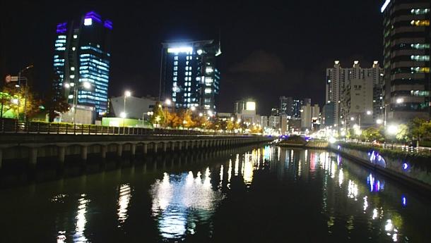 동천산책길 야경