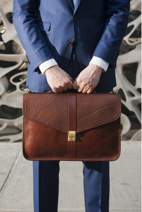 비지니스룩의 기본백 브리프 케이스 패션 정장에 어울리는 가방 서류가방 Men S Look Book