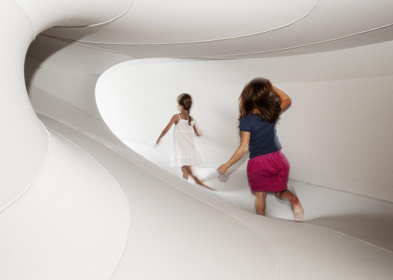 *패브릭 설치물 [ Sophia Chang ] INVIVIA Gallery in Cambridge