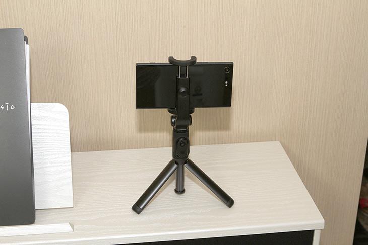 소니 ,엑스페리아 XZ 프리미엄, 4K 동영상, 촬영 ,발열 ,테스트,4K 발열,IT,IT 제품리뷰,발열이 높아서 멈춘다는 이야기가 있었는데요. 실제로 테스트를 해봤습니다. 소니 엑스페리아 XZ 프리미엄 4K 동영상 촬영 발열 테스트를 해 봤는데요. 결과는 의외로 반대 였습니다. 소니 엑스페리아 XZ 프리미엄 4K 동영상 촬영 발열은 그렇게 높지 않았고 오히려 더 괜찮은 부분들이 발견이 되었네요. 비교 대조군이 있어야 좀 더 자세한 테스트가 될 듯하여 다른 스마트폰과 비교도 좀 해 봤습니다. 열화상카메라로 외부발열도 측정을 해 봤습니다. 이번에 좀 많이 비싼 측정기로 측정을 해 봤습니다.