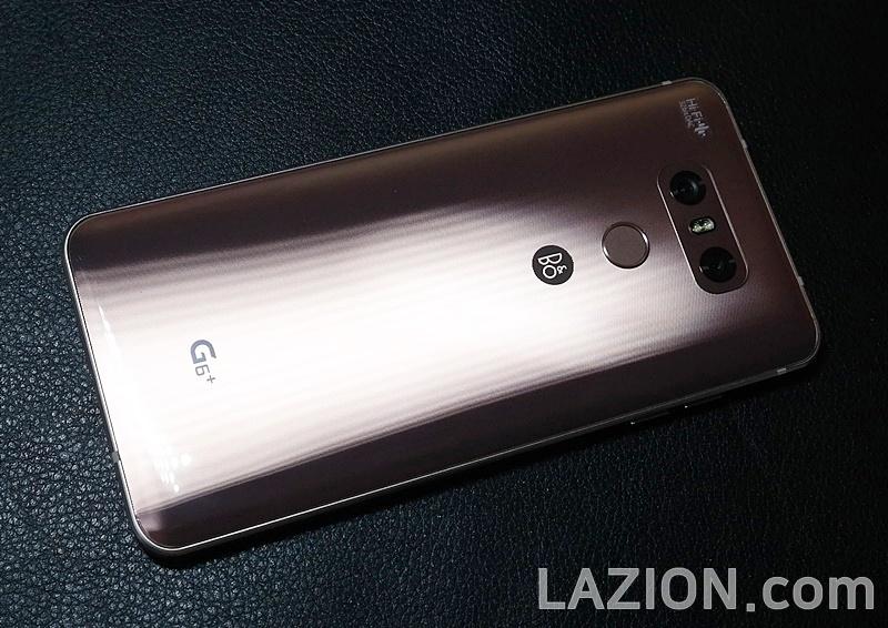 더 갖추고 돌아온 LG G6+, 그 상자를 열어보니