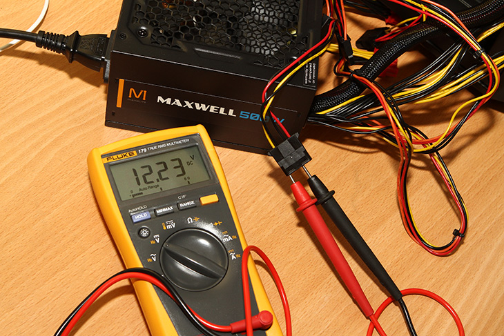 맥스엘리트, 맥스웰, SF-500D12S ,500W ,보급형, 파워서플라이, 성능,IT,IT 제품리뷰,최근에 새로 런칭을 PC부품을 하나 소개를 합니다. MAXWELL 이라는 이름을 가지고 나온 제품인데요. 맥스엘리트 맥스웰 SF-500D12S 500W 보급형 파워서플라이 성능을 이번 글에서 알아보려고 합니다. 220V 전용으로 나온 보급형 제품인데요. 몇가지 벤치마크를 통해서 성능을 간단히 확인을 해 봤습니다. 특징들을 살펴보면 3.3V DV to DC가 적용 되었네요. 맥스엘리트 맥스웰 SF-500D12S 500W의 12V 등도 아래에서 측정해보고 소음측정도 해봤는데요. 살펴보도록 하죠.