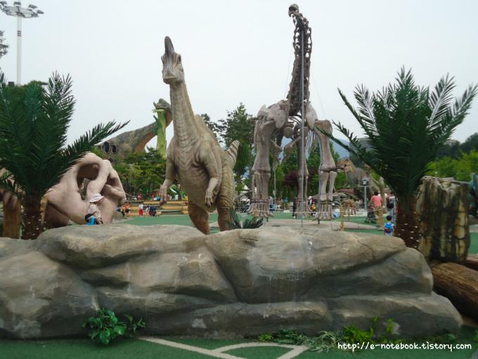 2012 경남 고성 공룡 세계 엑스포 공룡 조형물