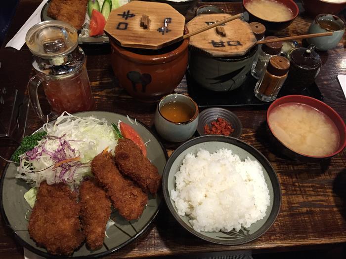 [도쿄 맛집] 신주쿠의 돈까스 맛집 돈친칸(豚珍館/톤칭칸)
