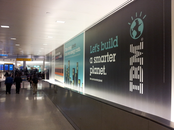 IBM ads at JFK, IBM광고