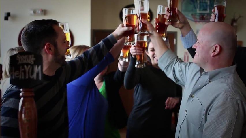 사무엘 아담스(Samuel Adams)맥주의 만우절 바이럴 영상 - 헬륨 맥주(HeliYum Ale Beer)
