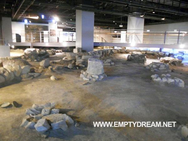 서울시청 시민청 - 군기시 유물 전시실