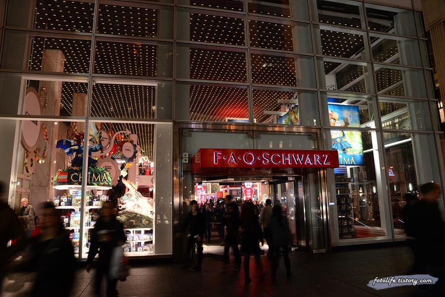[미국/뉴욕] 거대한 간식거리가 있는 장난감가게 파오슈와츠 (FAO SCHWARZ)