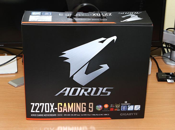 인텔 옵테인 메모리, AORUS Z270X Gaming 9,IT,IT 제품리뷰,7세대가 나오면서 사실 제일 기대 했던 부분인데요. 엄청나게 빠른 저장장치죠. 인텔 옵테인 메모리는 AORUS Z270X Gaming 9에서 사용이 가능한데요. 정확히 이야기하면 7세대 프로세서와 200 시리즈 메인보드에서 사용이 가능 합니다. 인텔 옵테인 메모리는 메모리 채널에 직접 연결이 되는 방식으로 지금까지와는 다르게 엄청나게 빠른 실제 속도를 낼 수 가 있습니다. 저장장치는 과거에 비해서는 놀랍게 빨라졌지만 더 빠른 저장장치를 이용하기 위해서 이것을 이용할 수 있습니다.