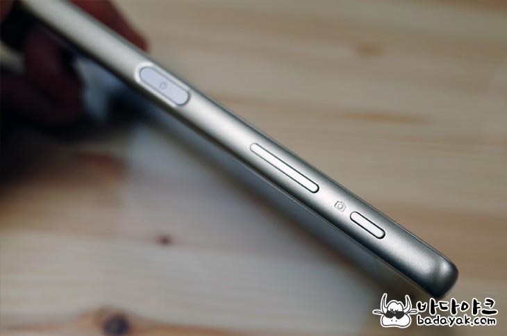 소니 엑스페리아 X 퍼포먼스 카메라 특징
