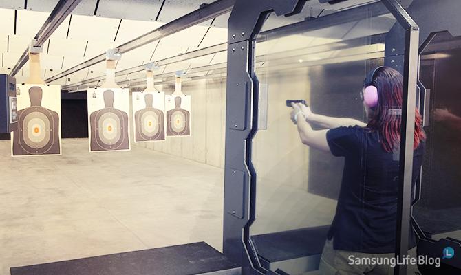 취향에 따라 소총 권총을 골라 사격을 하실 수 있는데요 사격장