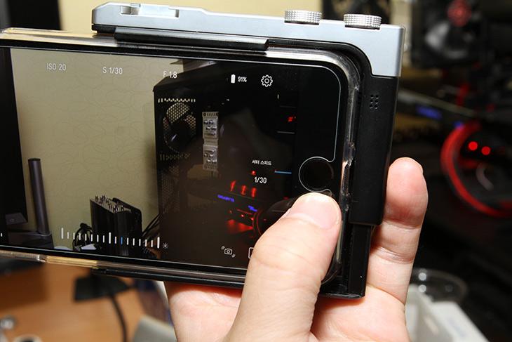 아이폰7 플러스, 미러리스 카메라처럼, 만들어주는, miggo Pictar, 픽타,IT,IT 제품리뷰,스마트폰을 좀 더 카메라답게 바꿔줍니다. 아이폰7 플러스 Dslr 카메라처럼 만들어주는 miggo Pictar 픽타를 써봤는데요. 나름 장점도 있고 실제로 써보니 아쉬운 점도 있긴 했습니다. 실제로 써본 느낌을 적어볼께요. miggo Pictar 픽타는 아이폰6 Plus 에서 아이폰7플러스까지 장착이 가능합니다. 실제 사용해보면 조금 더 커도 장착은 가능합니다. 조금 더 얇아도 케이스 입히면 장착될 것 같구요. 이유는 아래에서 설명드리죠.