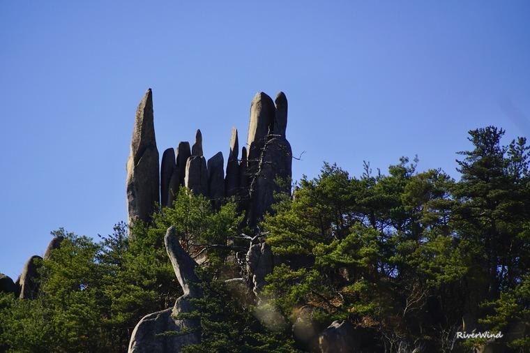 매화산 바위들