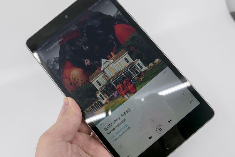 가성비 태블릿. 화웨이 미디어패드 M3 Lite