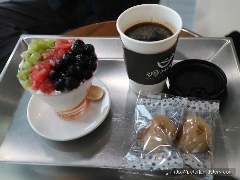 아메리카노, 그릭요거트, 커피빵