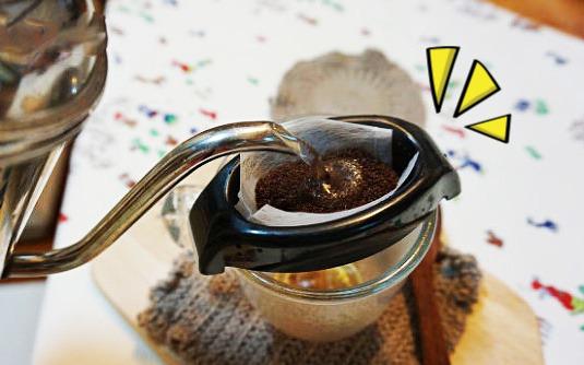 커피필터 없을때 임시로 커피 핸드드립 방법